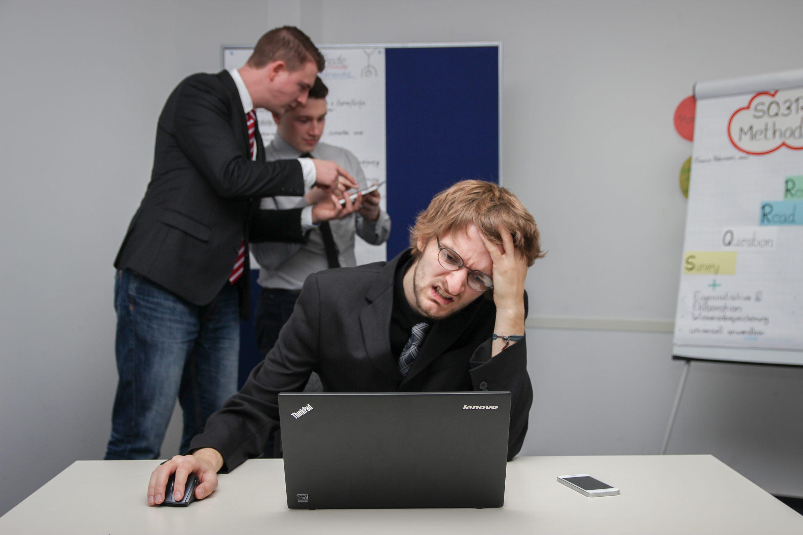仕事を楽しいと思ったことがない理由9選【やりたいことをやっていない人は楽しくない】