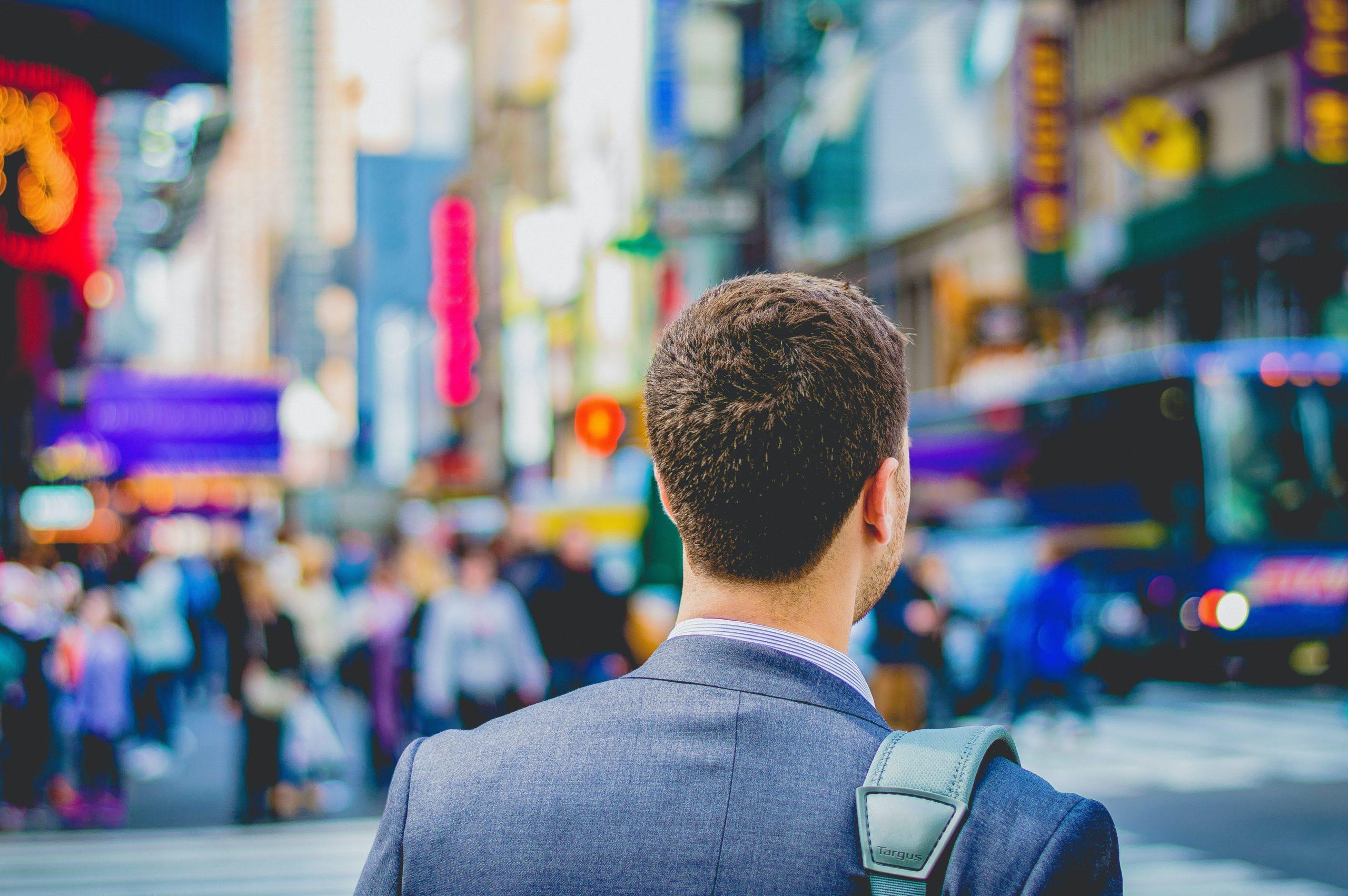 中小企業に転職する2つのメリット【スキルが身につきやすく年収上がる】