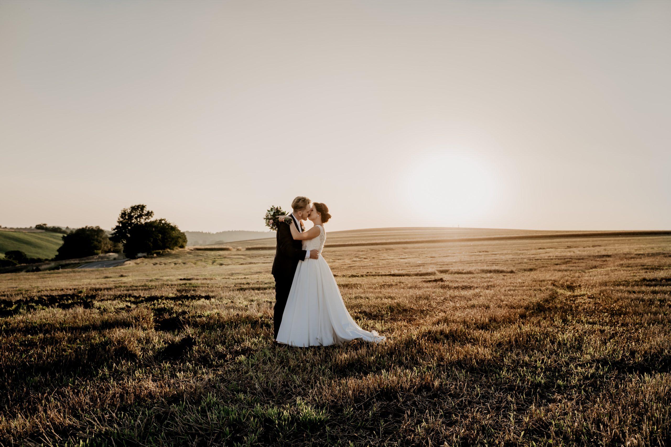 結婚後も幸せに生きていくために手に職をつけよう