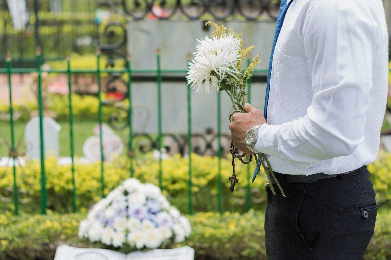 葬儀屋の仕事のきついところ7選【精神的にキツいので覚悟しましょう】