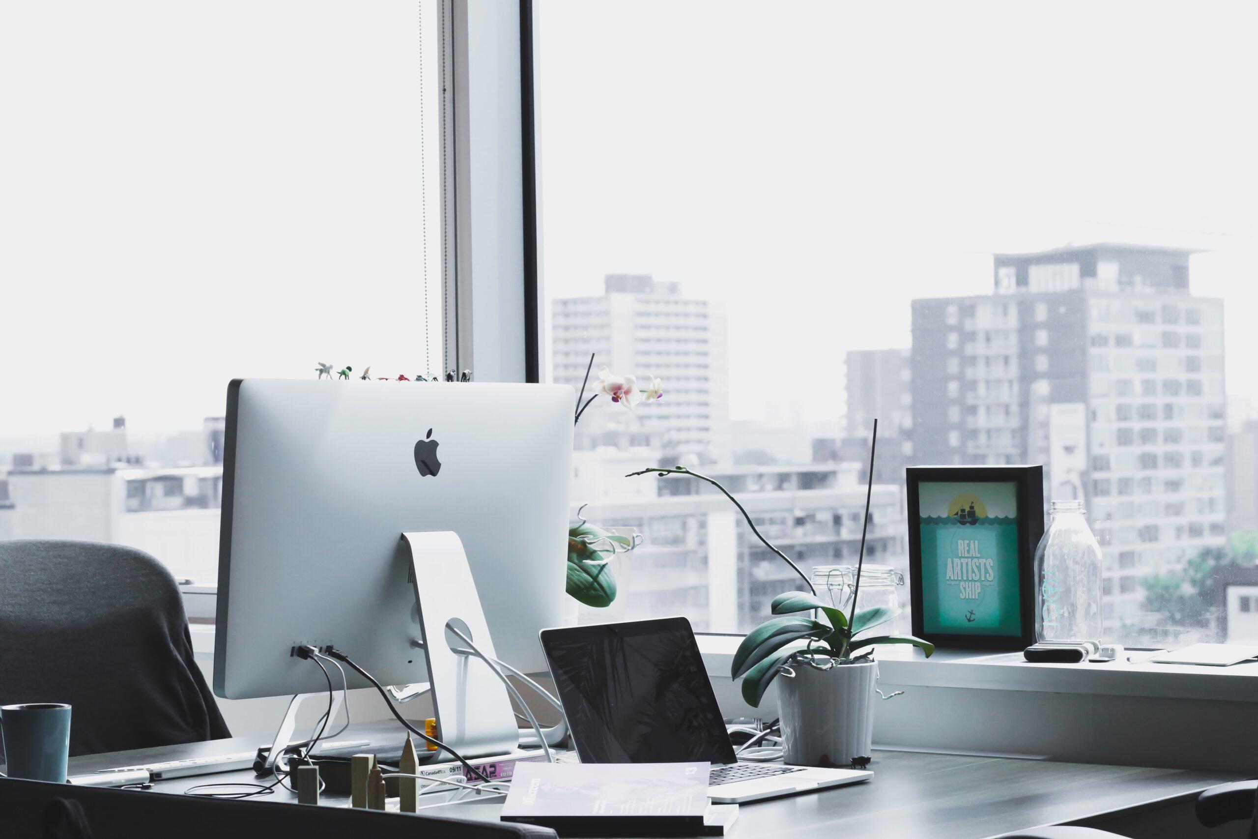 インフラエンジニアがホワイト企業で働ける5つの理由【求人の探し方】